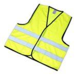 Reflexní vesty se hodí při autonehodě